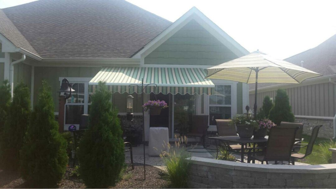Gillespie_Awning_After - Richmond Exteriors