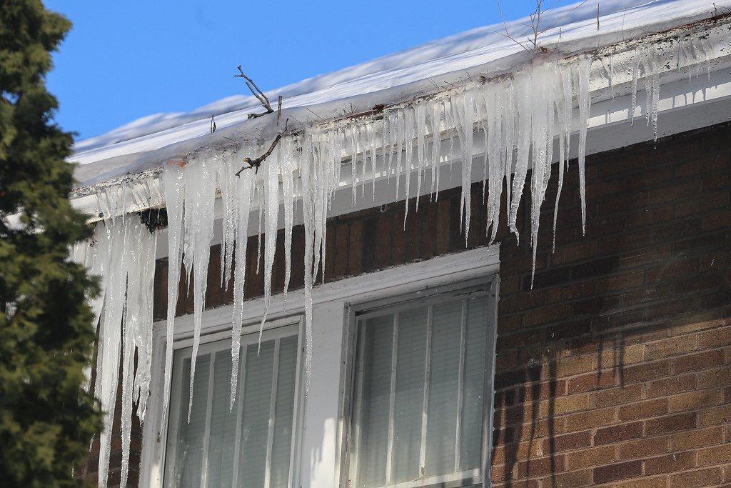 ice dam Indianapolis - Richmond Exteriors
