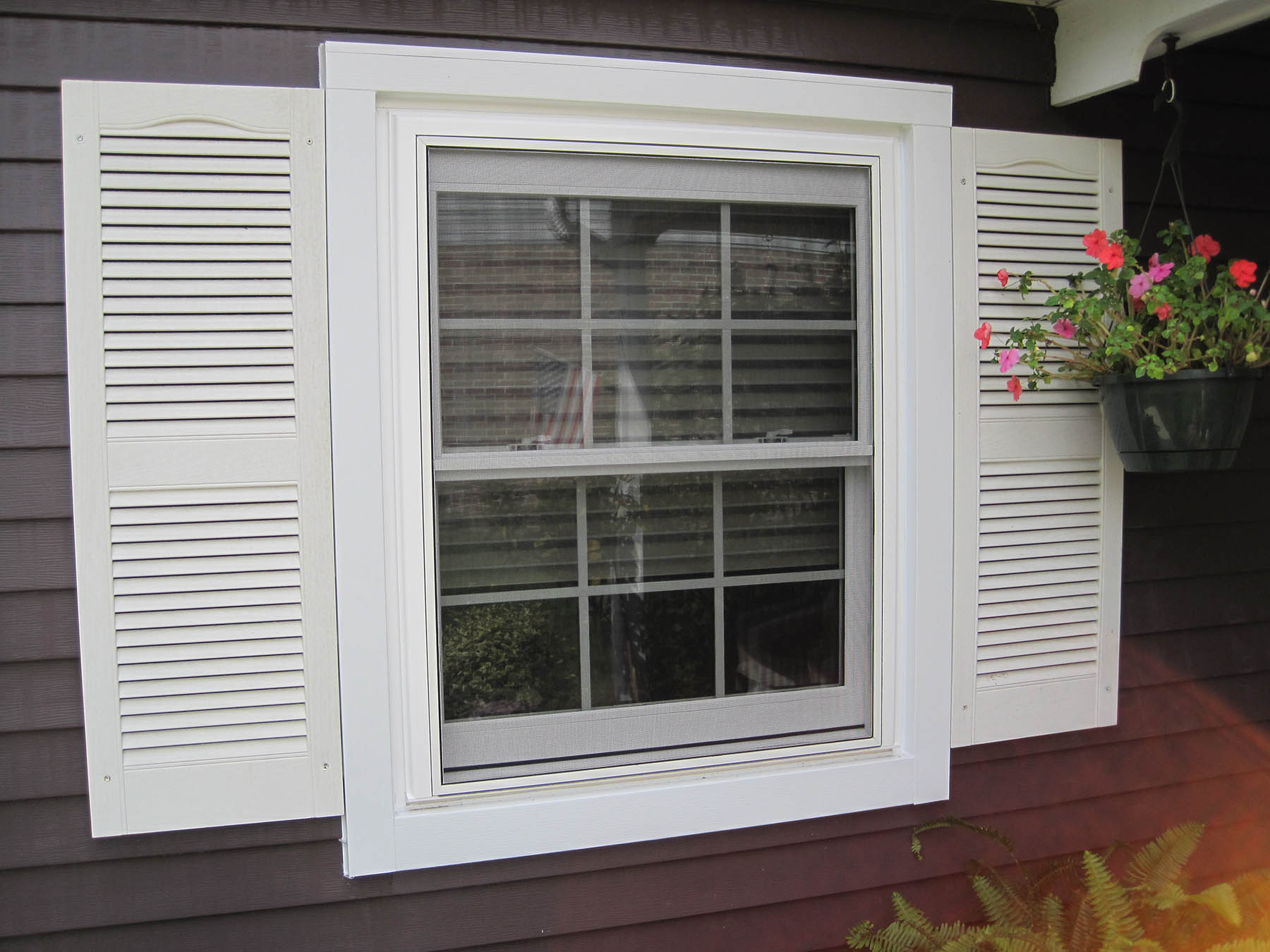 window installation Indianapolis - Richmond Exteriors