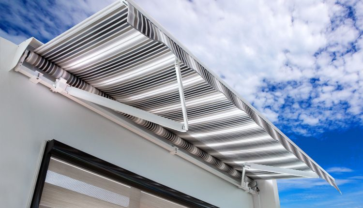 Indianapolis Retractable Awnings | Retractable Awning
